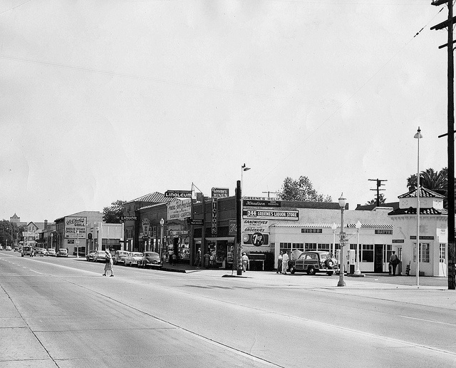 Holt Ave Looking East At Gordon 1950 By 47specialdeluxe Via Flickr Pomona California