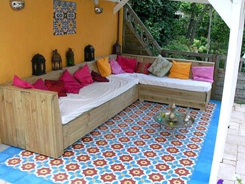 DIY outdoor sofalove the Moroccan tiles and lantern