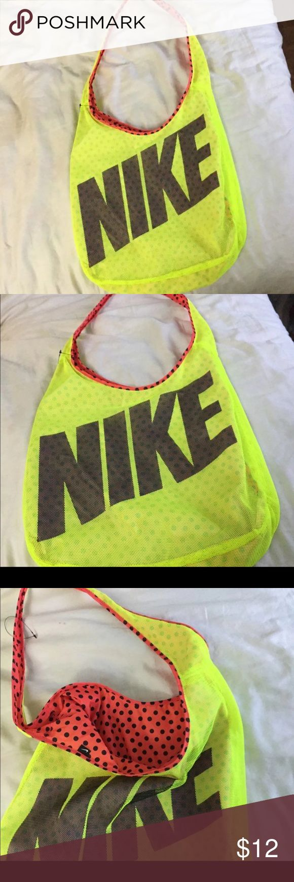 Nike shoulder Bag. New Nike shoulder Bag. Super Cute and lightweight . NEW Nike Bags