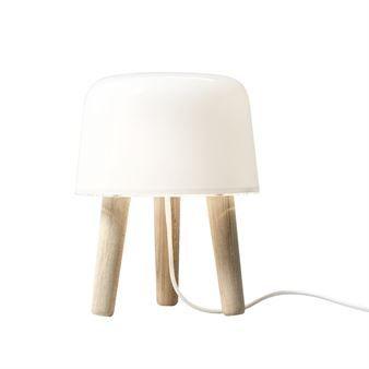 Milk Lamp NA1 Tischleuchte - Beine Esche natur, Kabel weiß - &Tradition