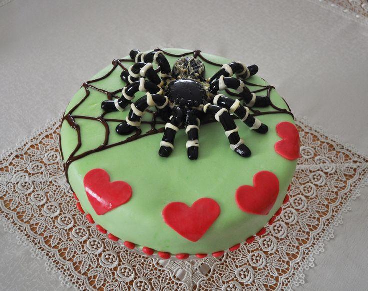 Tort na 10 urodziny Alicji - wykonanie własne