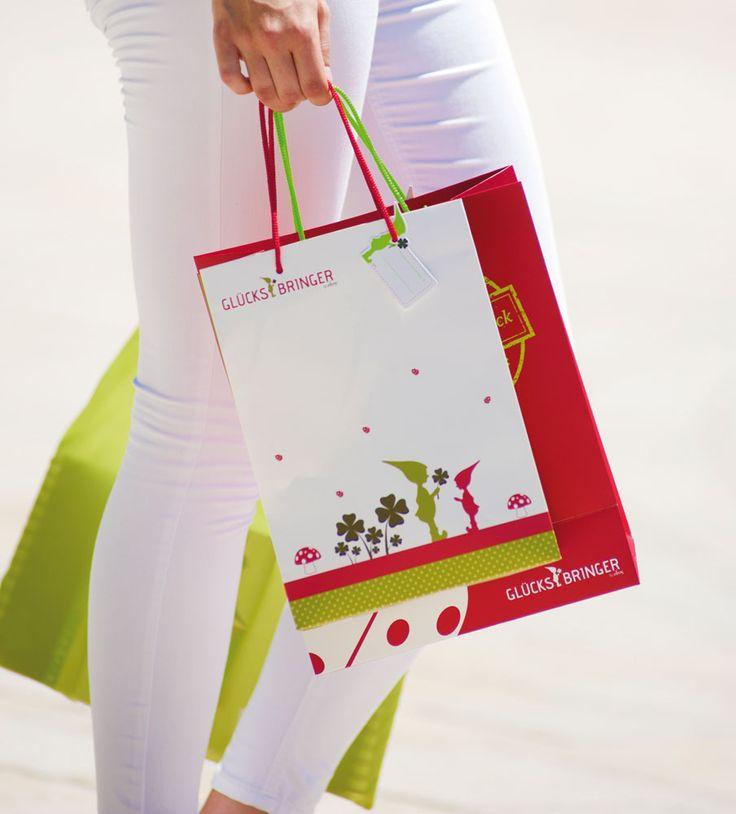 """wunderschöne """"Glücksbringer"""" Taschen zur perfekten Aufbewahrung von Geschenken."""
