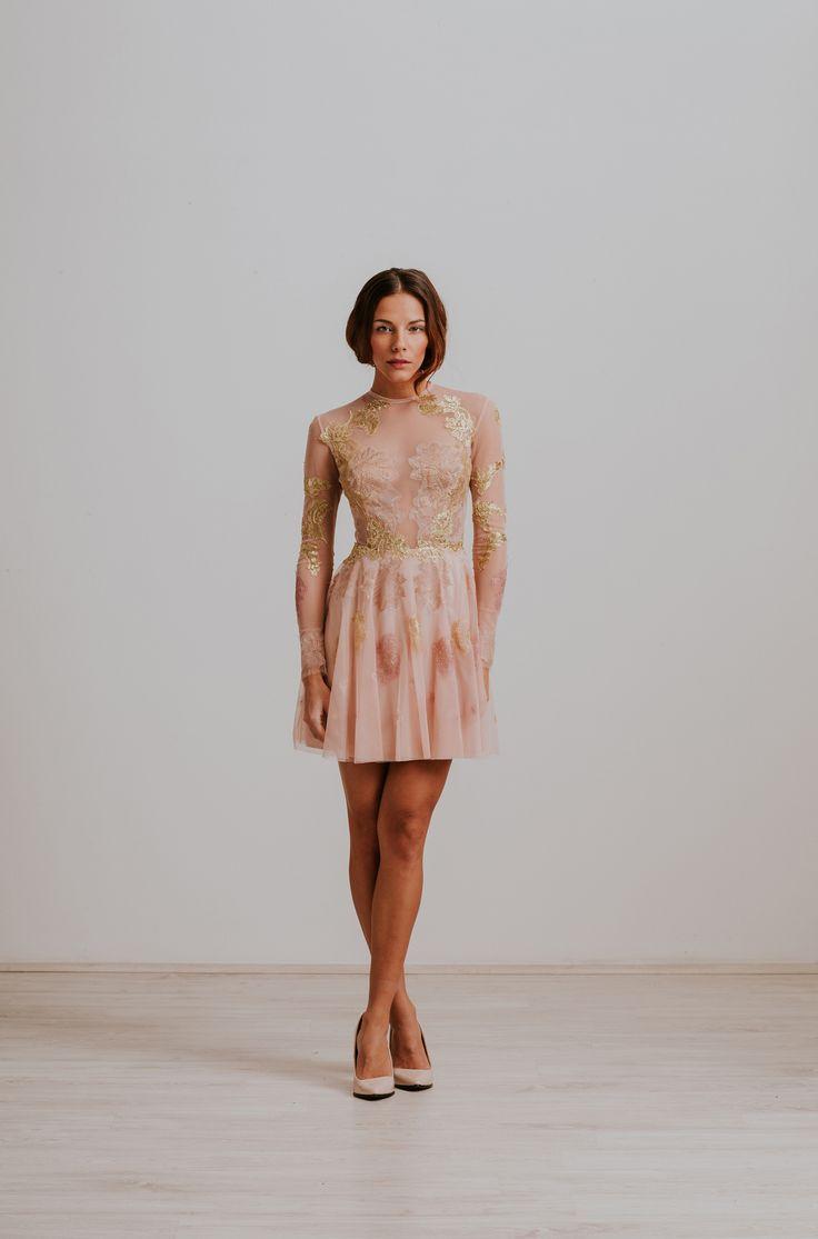 Nora Sarman / Dress Barbie / Rosegold