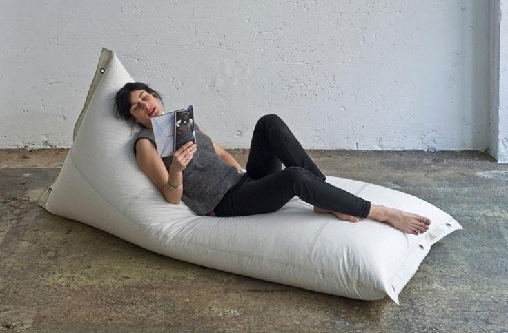 Puf Génois Cheslón de DVELAS.  Muebles de diseño.