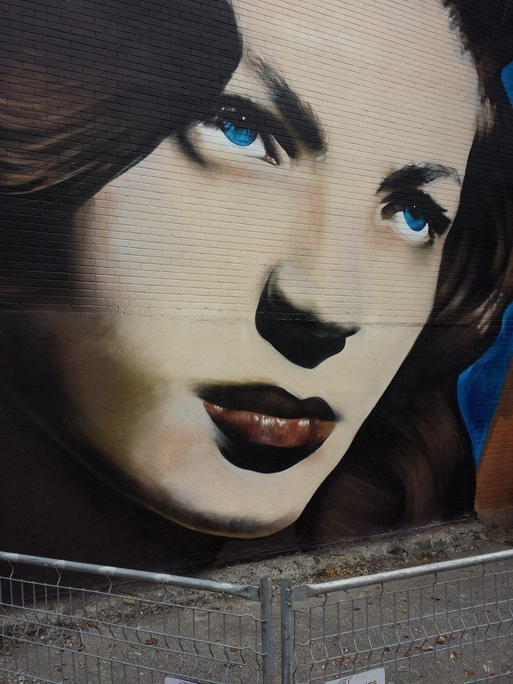 """Close-up new wall by Omen - """"All it takes is a little heart"""" - Ville st Laurent, Montreal (Canada) - Oct 2014"""