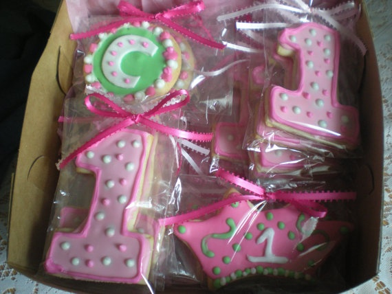 Cookies.. Good idea for Landens 1st