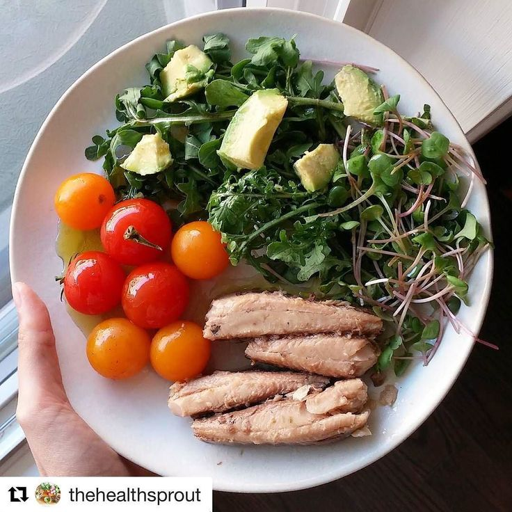 #Repost @thehealthsprout (@get_repost)  Lunch earlier today was . Cherry tomatoes arugula and radish sprouts (all from farmer's market) avo lots of olive oil and the star ingredient - sardines!! I use to cringe at the very idea of eating sardines . But the more I learned about their nutritional values the more convinced i became to give them another try. And dayum there were delicious! Some reasons to try them yourself:. . 1. They contain high levels of omega 3 fatty acids (EPA and DHA)…