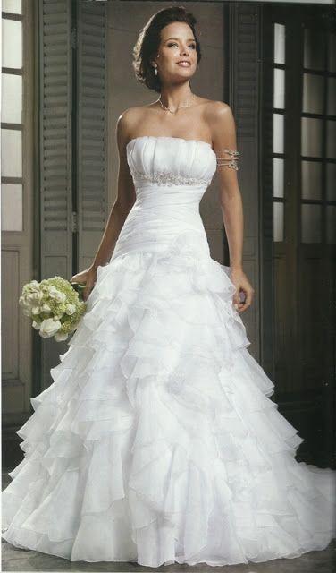 MODA PRETA PORTÉ: Vestido de Noiva Tradicional