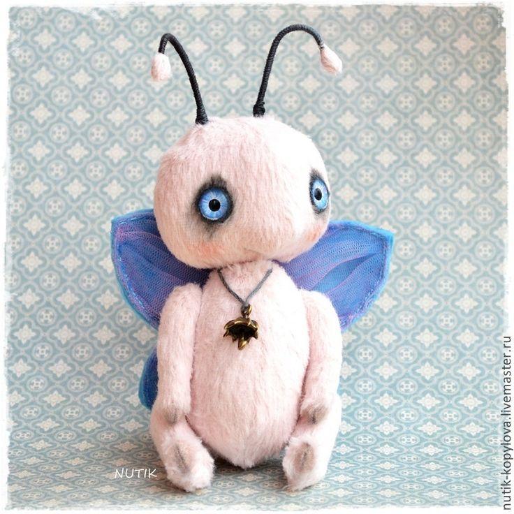 Купить бабочка тедди - бледно-розовый, бабочка, жук тедди, весна, насекомые, лето