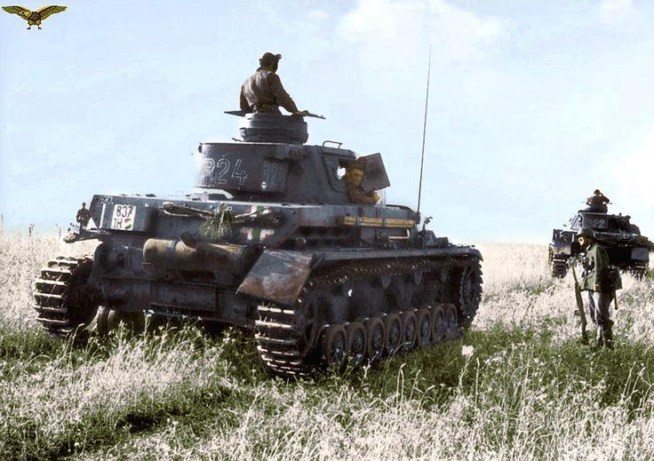 Hungarian 30 / I Tank Battalion , 3rd company heavy , Pz.IV. tanks . 1942, pin by Paolo Marzioli