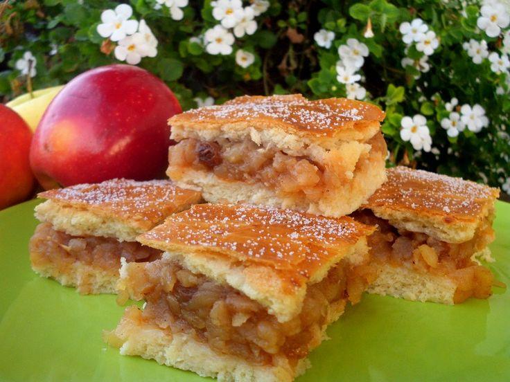 Mazsolás almás pite - puha tésztás Évitől