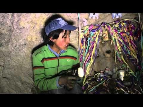 ▶ El trabajo infantil en una de las minas de Bolivia más peligrosas del mundo - YouTube