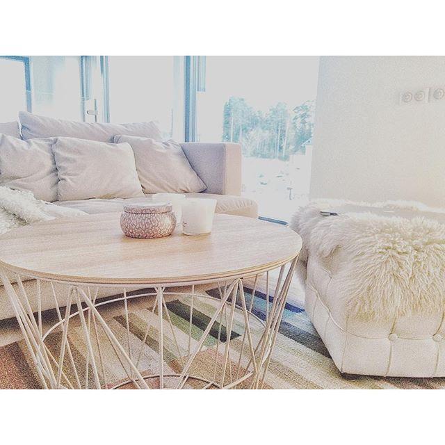 Soffbord från oss på R.O.O.M. hemma hos @isabelwixtrom