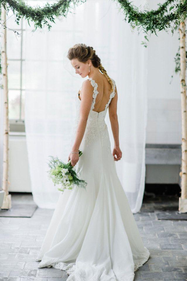 #trouwjurk #bruidsjurk #bruidsjapon #rug #jurk #bruiloft #trouwen #trouwdag #huwelijk #inspiratie #wedding #dress #gown #back #inspiration | Photography: Alexandra Vonk | ThePerfectWedding.nl