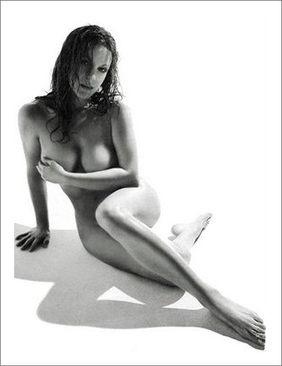 Carla Gugino Nude Allure 120