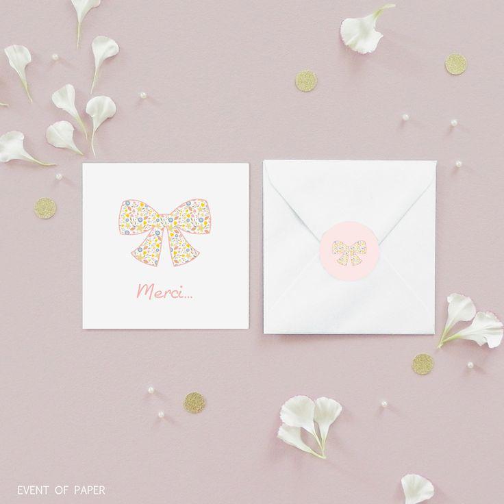 Carte de remerciement naissance pour fille nœud liberty MARGAUX. Avec son esprit frais et printanier, la carte de remerciement Margaux valorise un charme doux et raffiné pour la naissance de votre fille. #remerciement  #birth #announcement #girl #fille #naissance #liberty #motif #fashion #noeuds #rose #pink #douceur #fleurs #flowers #vintage #rétro #moderne #remerciementraffiné #remerciementgirly #remerciementélégant #remerciementsobre #remerciementlumineux #remerciementaérien #eventofpaper