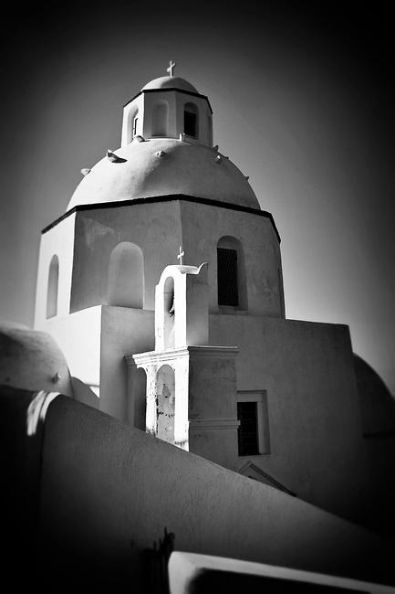 Black and White Photo of a church in Santorini, Greece © John Bragg Photography
