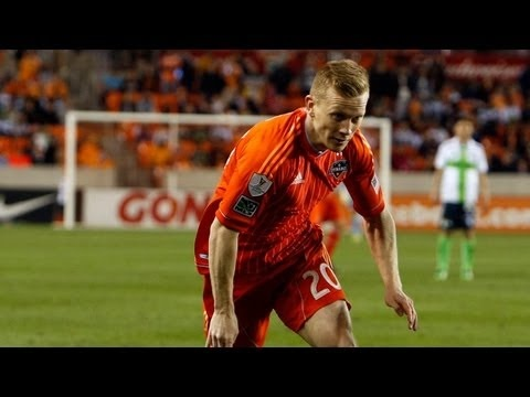 FOOTBALL - GOAL: Andrew Driver powers in his debut goal in MLS | FC Dallas vs Houston Dynamo - March 17, 2013 - http://lefootball.fr/goal-andrew-driver-powers-in-his-debut-goal-in-mls-fc-dallas-vs-houston-dynamo-march-17-2013/