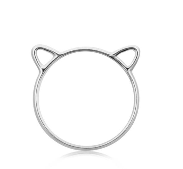 Magnus Cat Ring - A whimsical ring that broadcasts your inner feline. This cat lovers ring is minimalist and playful.