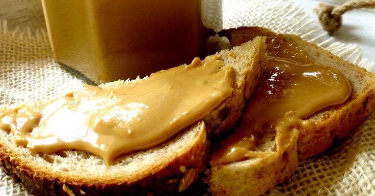 Przekąski - Jak zrobić domowe masło orzechowe