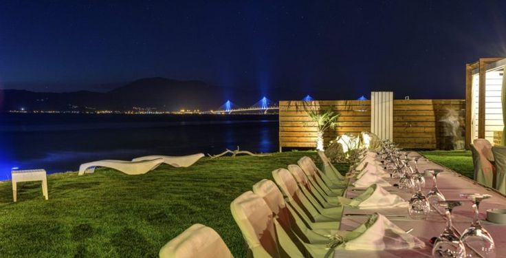 Are you looking for a venue with a view to the bridge Rio Antirio?