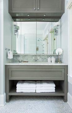 lovely bathroom vanity & mirror // great space planning in this #bathroom