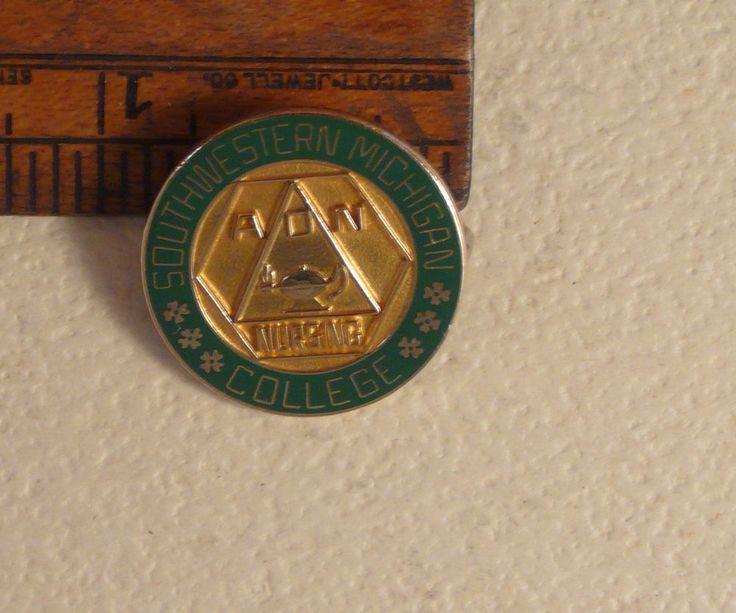 1986 Southwestern Michigan College ADN Nurse School Pin Solid Gold 10k Not Scrap