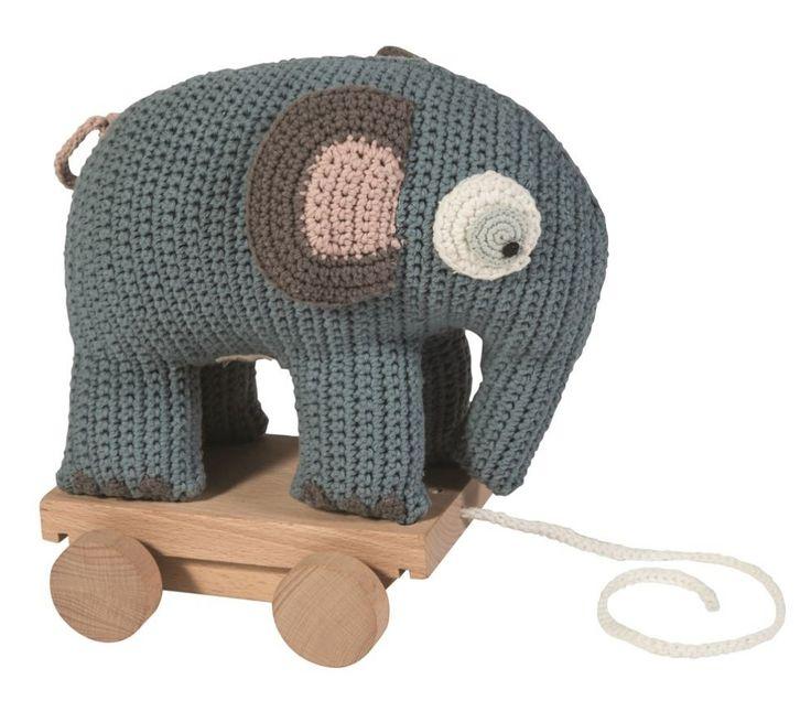Draleke, heklet elefant med hjul, pastell blå