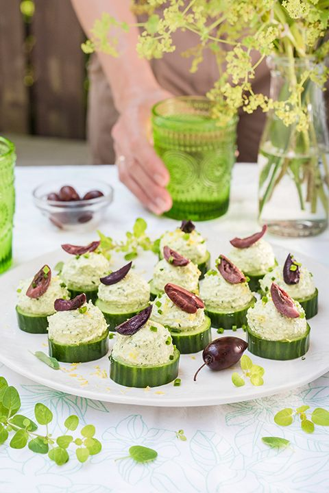 INGREDIENTS BY SAPUTO | For an easy and nutritious snack idea, try this stuffed cucumber recipe with olives, herbs and Saputo Feta cheese!