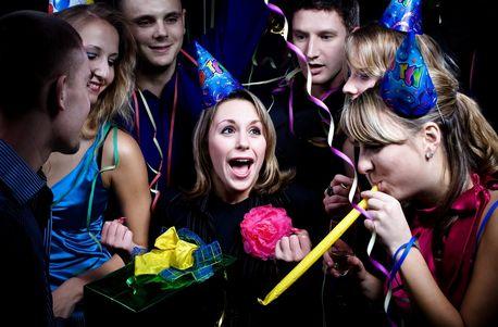 7 Ungkapan Dalam Bahasa Inggris Untuk Bersenang Senang Dengan Teman - http://www.sekolahbahasainggris.com/7-ungkapan-dalam-bahasa-inggris-untuk-bersenang-senang-dengan-teman/