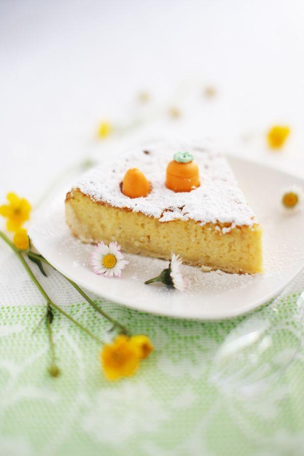Gâteau de Pâques, pâte sablée et crème aux amandes..... tout simple et délicieux.
