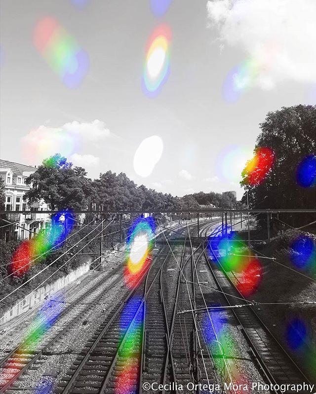 #fotografie  #lijnwerking #regenboogfilter #treinrails  #groningen