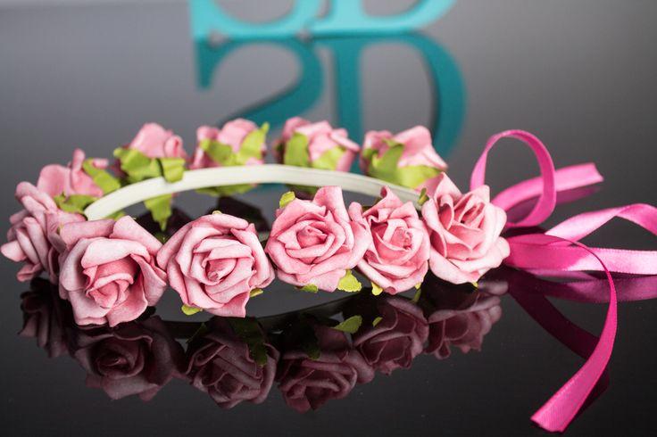 SantaDespedida.com.br  #headband  #head  #band  #personalziado  #noiva  #team  #bride  #teambride  #despedida  #solteira  #casamento  #noivado  #festa  #party  #wedding  #luxo  #arquinho #veuzinho  #flores  #veu
