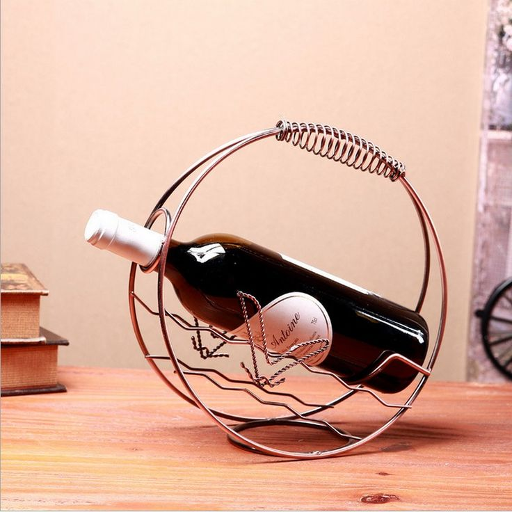 Fashion Wrought Iron Red Wine Creative Metal Rack Shelf Mediterranean Style Wine Holder Decorative Small Metal Buckets