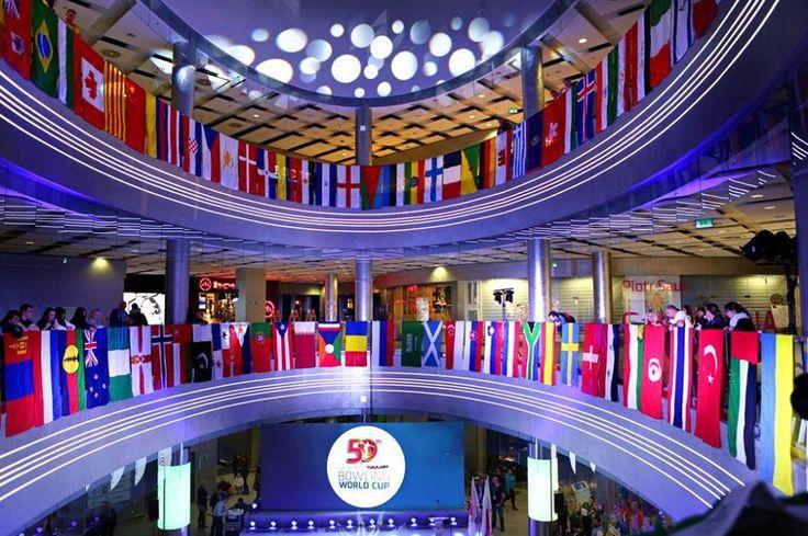 50 Bowling World Cup w Sky Bowling! (zdjęcia: 15) W dniach 02.11 - 09.11.2012 w kręgielni SKY Bowling odbywa się 50 Puchar Świata, w tych dniach kręgielnia jest zamknięta dla klientów, serdecznie zapraszamy do oglądania oraz kibicowania.