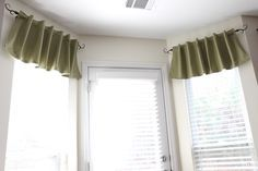 Cute window valance tutorial..does require sewing
