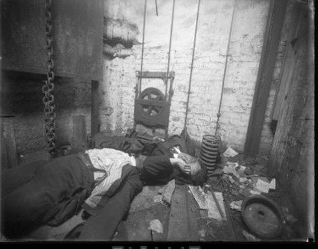Real crime scene-1062