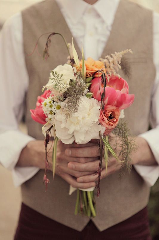 Photography: Krystal Mann - krystalmann.com  Read More: http://www.stylemepretty.com/2011/08/04/philadelphia-wedding-by-krystal-mann/