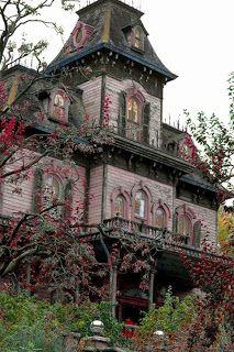 Madame Macabre: Viejas casas victorianas.