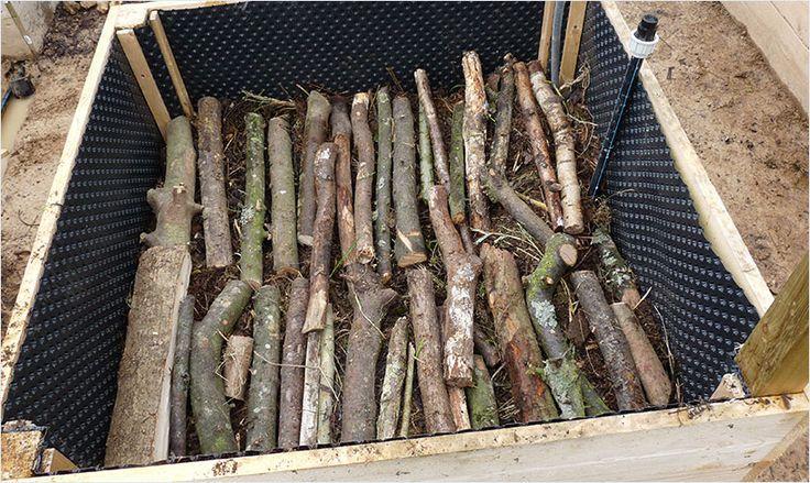 Aterner les couches de bois et déchets