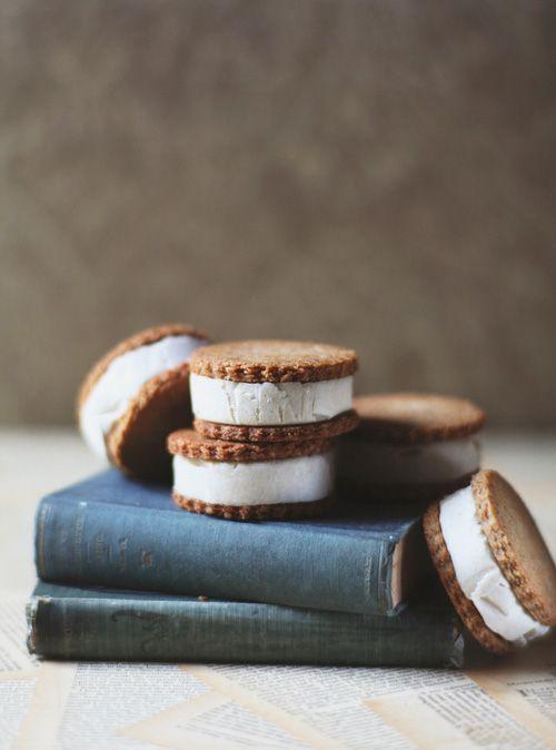 Lemon & Vanilla Cream Sandwiches | Grain-Free, Dairy-Free, Egg-Free. Uses almond flour, pecans & cashews.