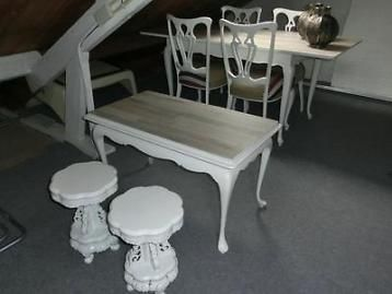 Brocante queen ann eetkamer (tafel, 4 stoelen) met bijpassen