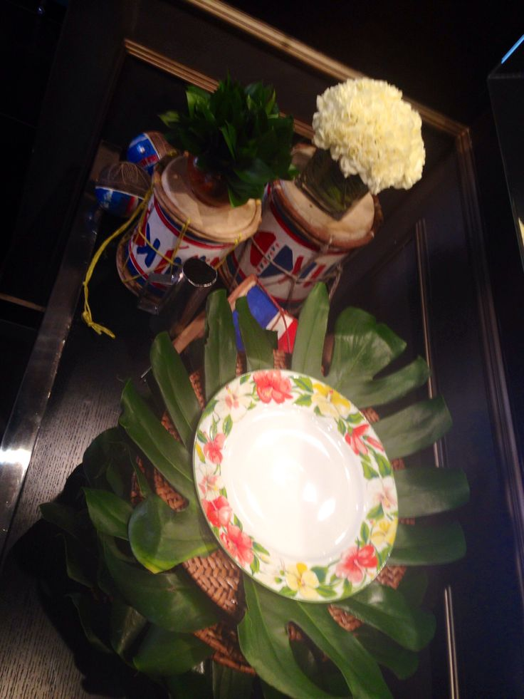 Leaf and flower plates