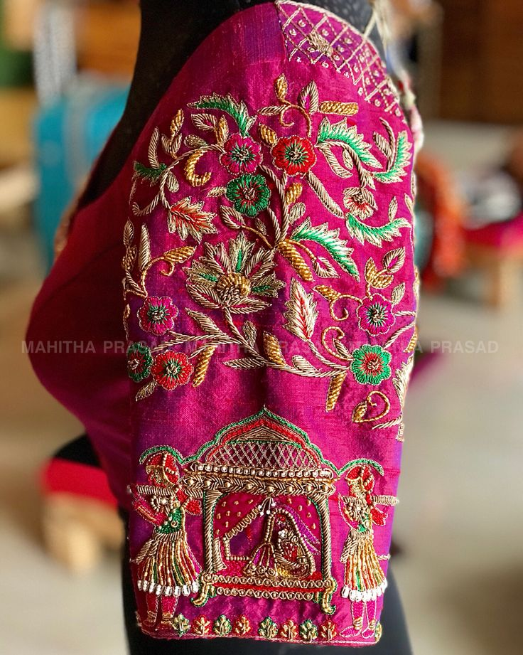 "445 Likes, 13 Comments - Mahitha Prasad (@mahitha_prasad) on Instagram: ""Blouses of art and cultureFor those extremely beautiful Kanjeevaram sarees.. Handmade love for…"""