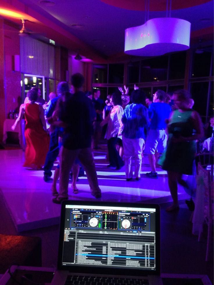 Party time... #jwdevents #weddingdj #destinationweddings #cancunweddings #seratodj