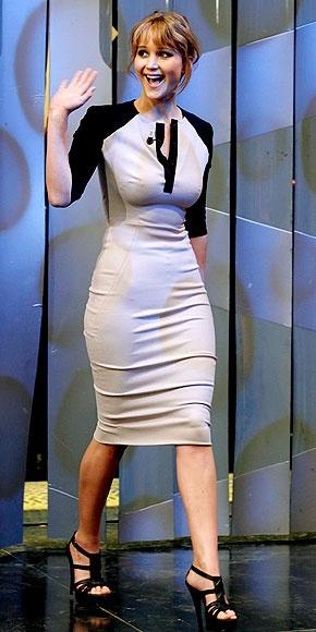 JENNIFER LAWRENCE... No manchen... Tiene el cuerpo perfecto!!... Es una muñeca en toda la extensión de la palabra... ;-)