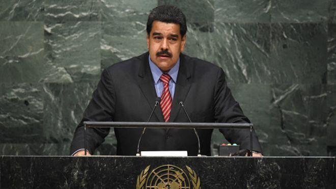 """Maduro confirma que """"Timochenko"""" viajó a La Habana en avión de PDVSA. Maduro sin embargo no confirmó si Timochenko viajaba desde Venezuela: """"Él está donde tiene que estar"""" le respondió a la cadena colombiana Caracol en Nueva York donde asiste a la Asambla General de la ONU. Timochenko viajó a La Habana para firmar parte del acuerdo de paz que las Fuerzas Armadas Revolucionarias de Colombia (FARC) negocian con el gobierno de Juan Manuel Santos en el que Venezuela ha sido uno de los países…"""