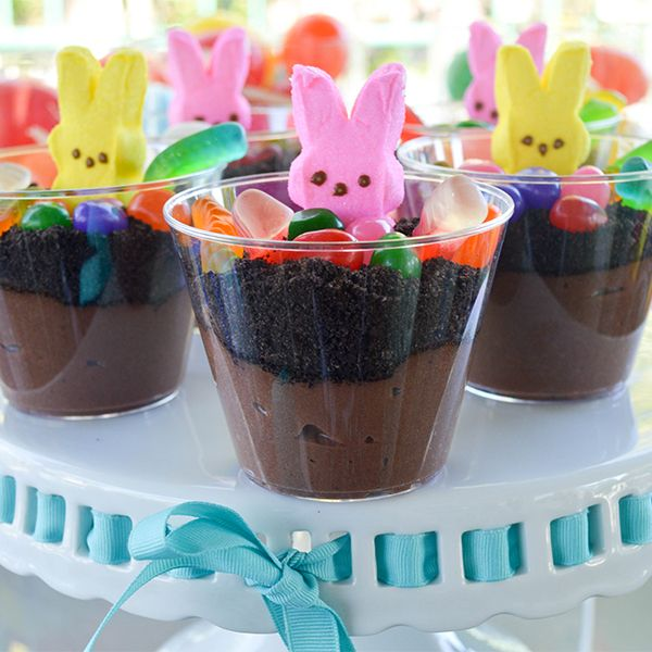 The perfect Easter treat for children (and children at heart): Peep Bunny Dirt Cups!  Get the recipe: