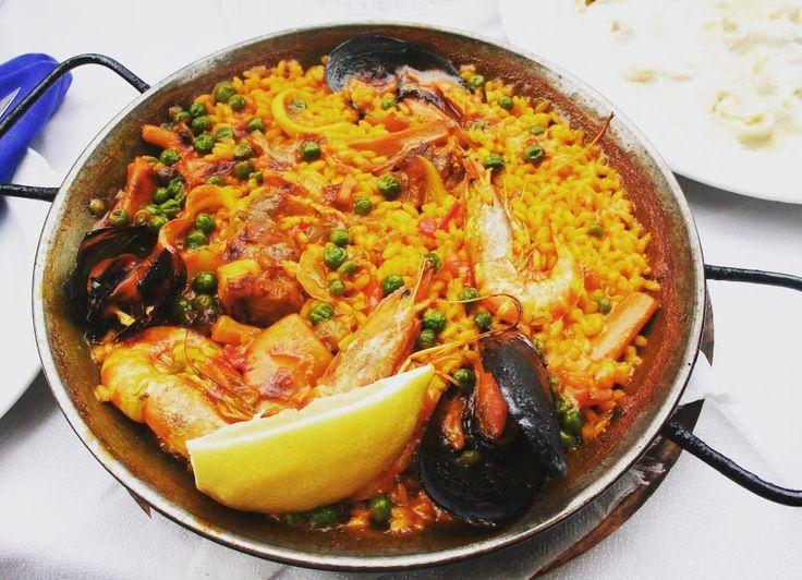 Zjeść paellę w Walencji  #paellatime #paella #hiszpania #spain #walencja #holidays #travel #traveler #traveluje #travellife #travelplanet #food #foodporn #instaphoto #instafood #foodphotography