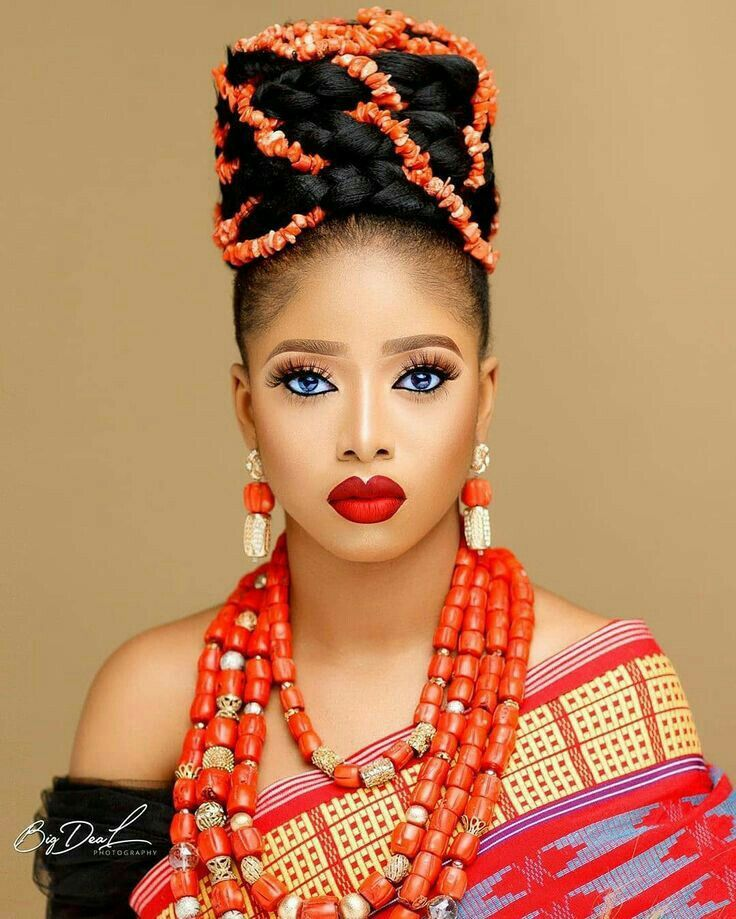Pin By Est Her On Coiffure Et Maquillage Nigerian Bride Igbo Bride Traditional Wedding Attire